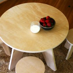 Sodura Aero Kids Table and stools