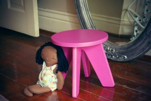 Aero Kids Stool in Verve Violet